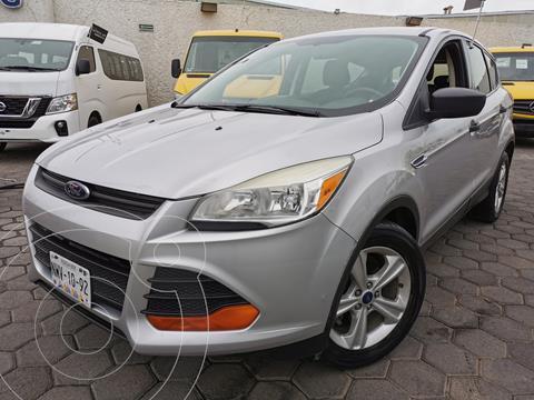 Ford Escape S usado (2014) color Plata Estelar precio $200,000