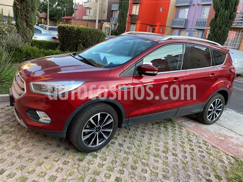 Ford Escape Titanium EcoBoost usado (2019) color Rojo Rubi precio $390,000