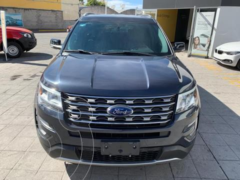 Ford Explorer 5 pts. XLT, V6, TA, a/ac. Aut., piel, camara re usado (2017) color Azul precio $460,000