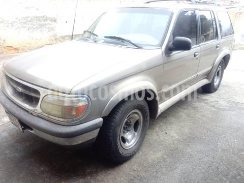Ford Explorer XLT 4x4 usado (1998) color Plata precio u$s2.500