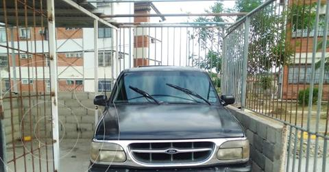 Ford Explorer Sport Sinc. 4x4 usado (2001) color Negro precio u$s2.800