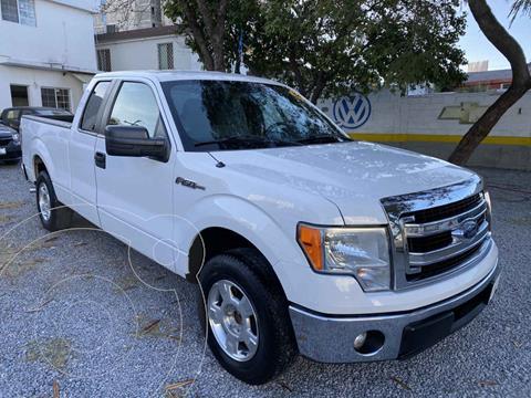 Ford F-150 Cabina y Media 4x2 V8 usado (2013) color Blanco precio $248,000