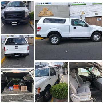 Ford F-150 Cabina Regular 4x2 V6 usado (2013) color Blanco Oxford precio $200,000