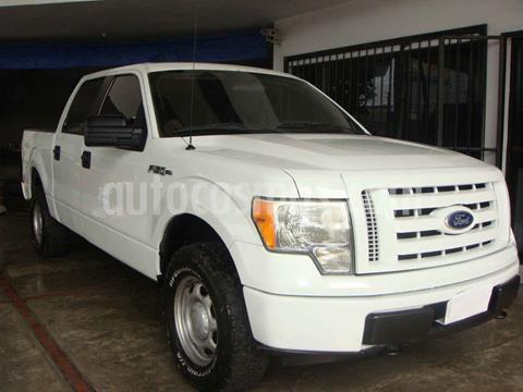Ford F-150 XL 4x4 5.0L Crew Cabina usado (2010) color Blanco precio $220,000