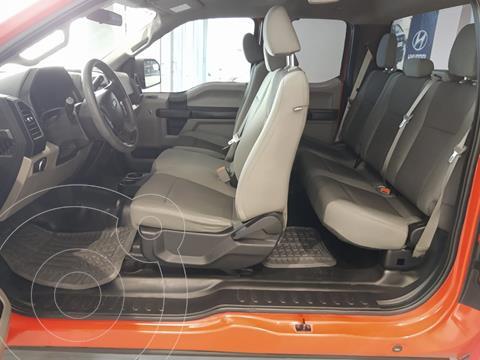 Ford F-150 XL 4x2 5.0L Crew Cabina usado (2016) color Rojo precio $345,000