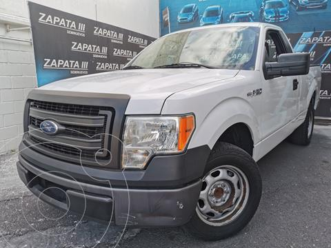 Ford F-150 XL 4x2 3.7L Cabina Regular usado (2014) color Blanco Oxford precio $255,000