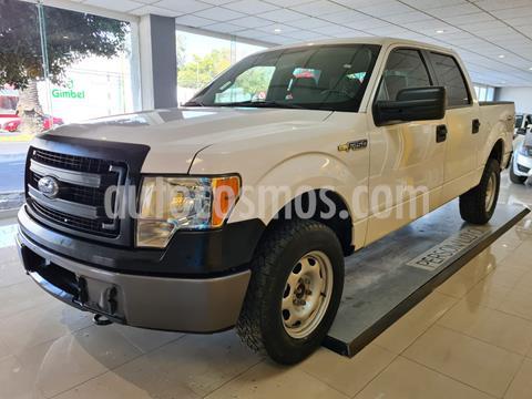 Ford F-150 XL 4x4 5.0L Crew Cabina usado (2014) color Blanco precio $326,900