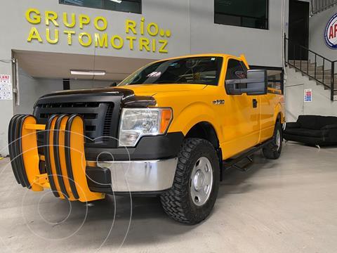 Ford F-150 XL 4x2 4.6L Cabina Regular usado (2009) color Amarillo precio $195,000