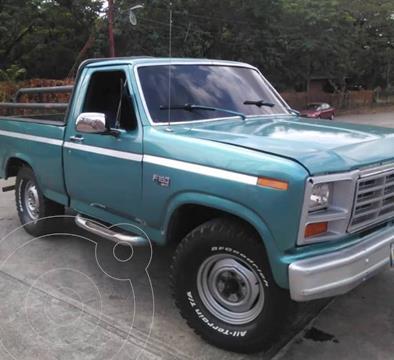Ford F-150 Lariat usado (1985) color Azul precio u$s2.500