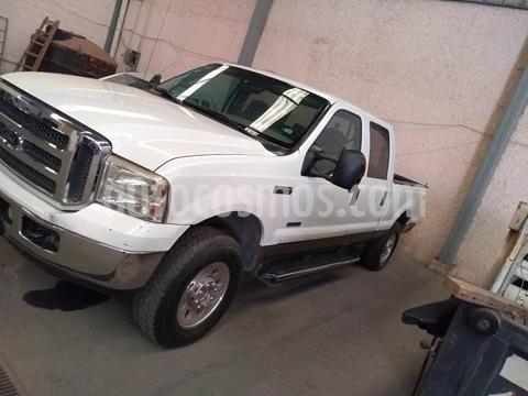 Ford F-250 XL 4.6L V8 4x4 usado (2007) color Blanco precio $315,000