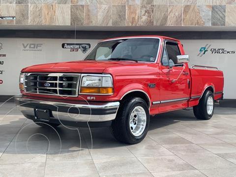Ford F-250 B200 Carry All Pasajeros usado (1992) color Rojo precio $360,000