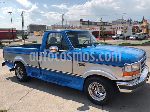Ford F-250 XLT 4.6L V8 usado (1992) color Celeste precio $130,000