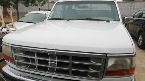 Ford F-250 Super Duty 6.4L Crew Cabina Diesel 4x4 Aut usado (1997) color Blanco Oxford precio $90,000