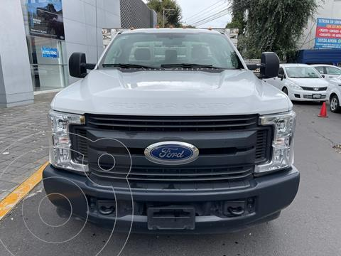 Ford F-350 XL 5.4L Chasis usado (2018) color Blanco precio $579,900