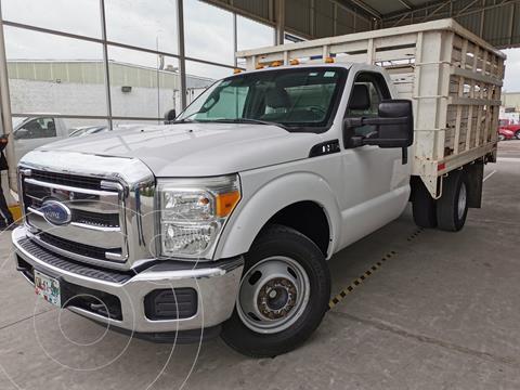 Ford F-350 XL 6.2L Plus usado (2016) color Blanco Oxford precio $500,000