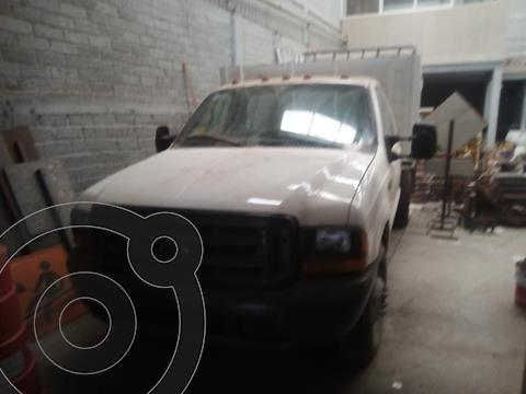foto Ford F-350 XL 5.4L Super Duty  usado (2000) color Blanco precio $140,000