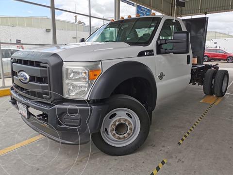 Ford F-550 XL 6.8L Super Duty usado (2011) color Blanco Oxford precio $315,000