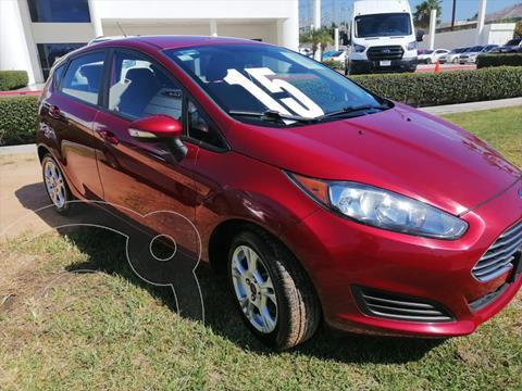 Ford Fiesta Hatchback SE usado (2015) color Rojo precio $158,000