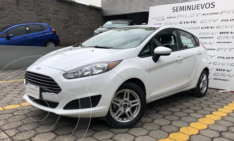 Ford Fiesta Hatchback SE  Aut usado (2017) color Blanco precio $215,000