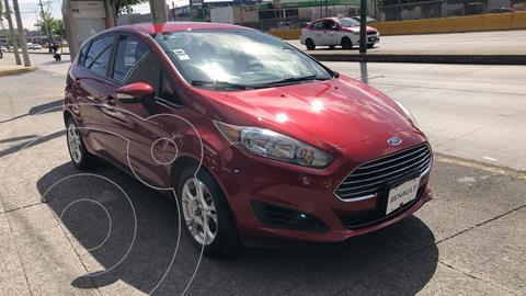 Ford Fiesta Hatchback SE usado (2016) color Rojo Rubi precio $165,000