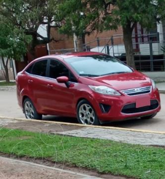 Ford Fiesta Kinetic Sedan S Plus usado (2012) color Rojo precio $970.000