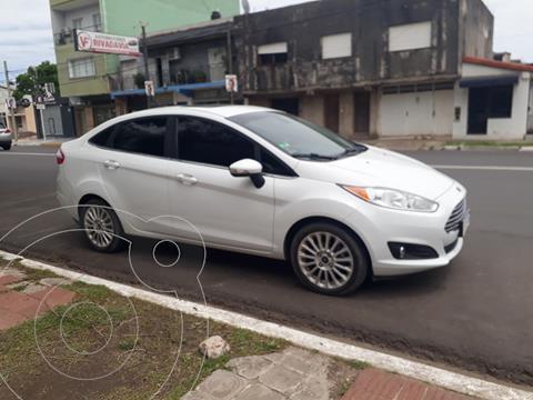 Ford Fiesta Kinetic Sedan Titanium Aut usado (2017) color Blanco Oxford precio $1.550.000