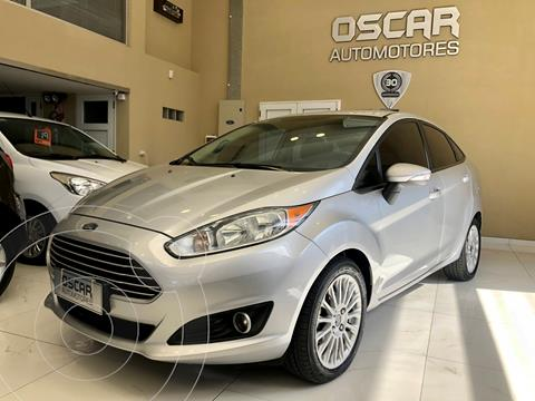Ford Fiesta Kinetic Sedan SE Plus  usado (2013) color Plata Estelar precio $979.000