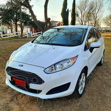 Ford Fiesta Kinetic Sedan S usado (2014) color Blanco precio $1.200.000