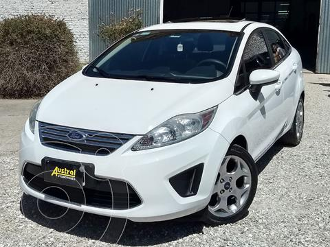 foto Ford Fiesta Kinetic Sedán Trend Plus usado (2012) color Blanco precio $550.000