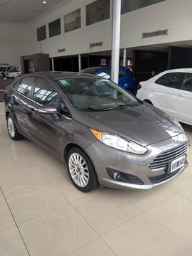 Ford Fiesta Kinetic Sedan Titanium Aut usado (2014) color Gris Grafito precio $1.185.000