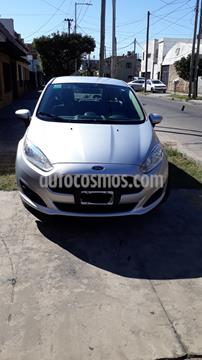 Ford Fiesta Kinetic Sedan S Plus usado (2014) color Plata precio $590.000