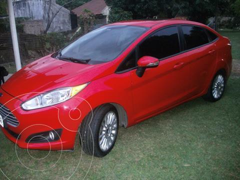 Ford Fiesta Kinetic Sedan SE Plus  usado (2013) color Rojo precio $1.200.000