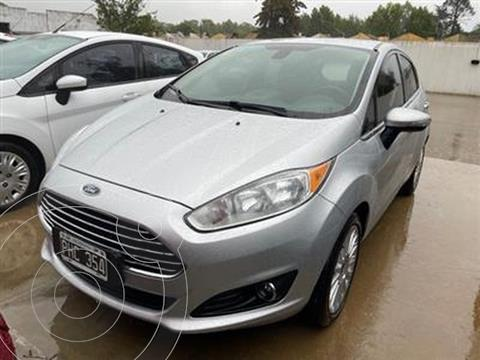 Ford Fiesta Kinetic Titanium usado (2016) color Plata Estelar precio $1.500.000