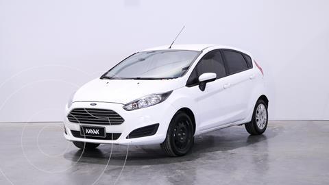 Ford Fiesta Kinetic S usado (2016) color Blanco Oxford precio $1.460.000