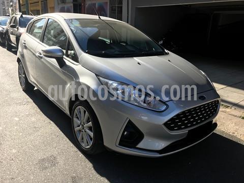 Ford Fiesta Kinetic SE usado (2018) color Gris Plata  precio $1.300.000