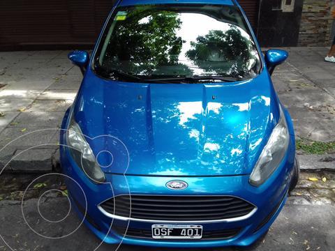 Ford Fiesta Kinetic S Plus usado (2015) color Azul Mediterraneo precio $900.000