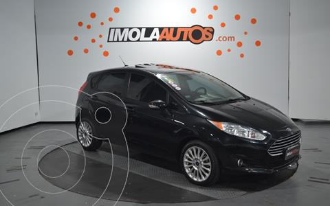 Ford Fiesta Kinetic SE Plus Powershift usado (2015) color Negro Perla precio $1.250.000