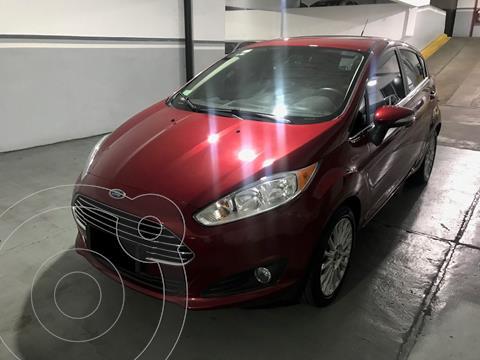 Ford Fiesta Kinetic Titanium usado (2017) color Rojo Rubi precio $1.730.000