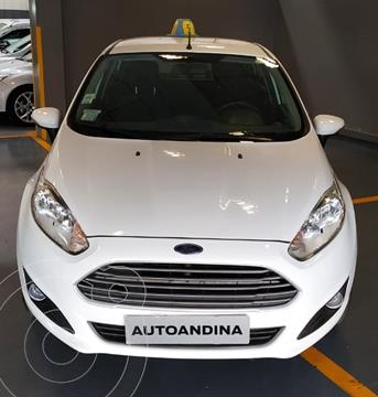 Ford Fiesta Kinetic SE  usado (2015) color Blanco precio $980.000
