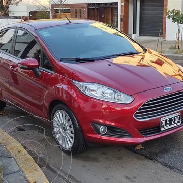 Ford Fiesta Kinetic SE  usado (2016) color Rojo Rubi precio $1.320.000