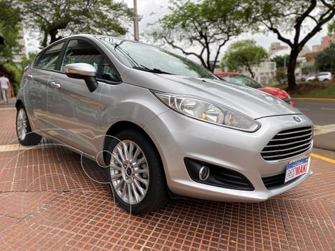 Ford Fiesta Kinetic SE  usado (2014) color Plata financiado en cuotas(anticipo $860.000)
