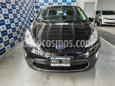 Ford Fiesta Kinetic Titanium usado (2013) color Negro Perla precio $805.000