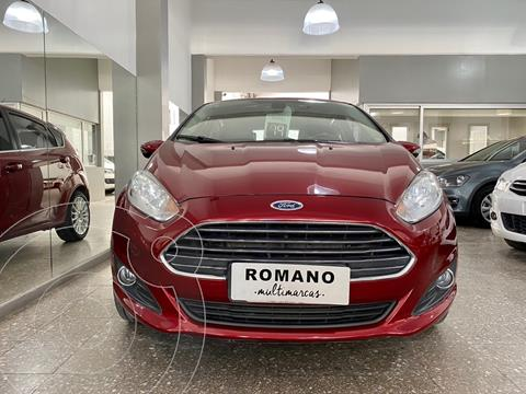 Ford Fiesta Kinetic Titanium Powershift usado (2014) color Rojo Rubi precio $1.300.000