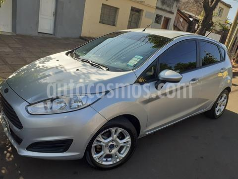 Ford Fiesta Kinetic S Plus usado (2015) color Plata precio $790.000