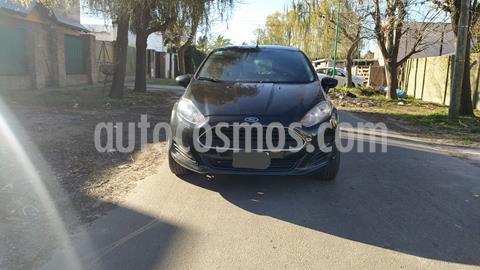 Ford Fiesta Kinetic S usado (2015) color Negro Perla precio $680.000