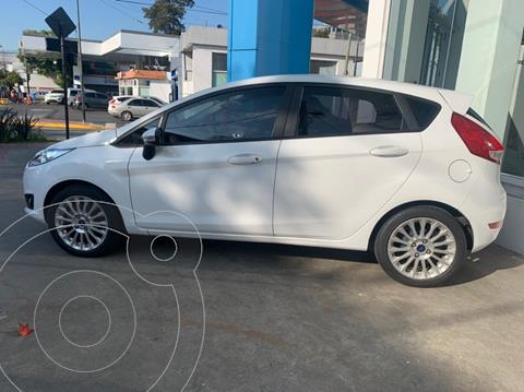 Ford Fiesta Kinetic SE Plus Powershift usado (2016) color Blanco Oxford financiado en cuotas(anticipo $800.000 cuotas desde $42.000)