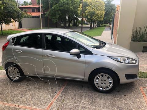 Ford Fiesta Kinetic S Plus usado (2014) color Plata Estelar precio $850.000