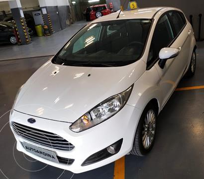 foto Ford Fiesta Kinetic SE  usado (2015) color Blanco precio $950.000