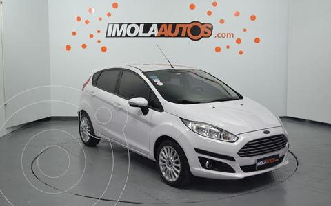 Ford Fiesta Kinetic SE  usado (2015) color Blanco precio $1.350.000