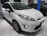 Foto venta Auto usado Ford Fiesta Kinetic Titanium (2013) color Blanco Oxford precio $380.000